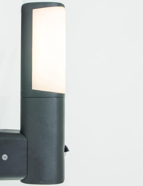 tuinlamp-wandlamp-sensor