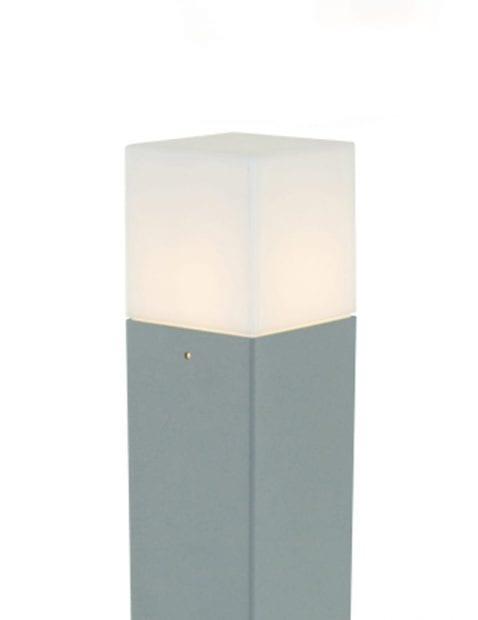 tuinverlichting-staande-lamp-modern-sfeervol