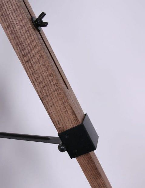 verstelbare-vloerlamp-drie-poten-hout