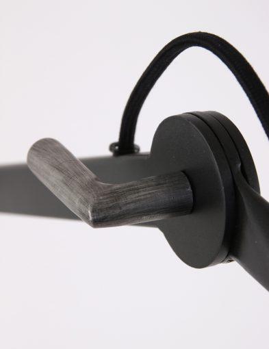 verstelbare-vloerlamp-zwart-industrieel