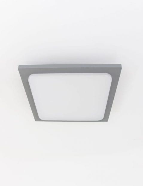 vierkante-plafondlamp-zilver