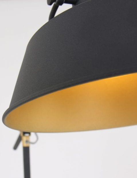 vloerlamp-goud-en-zwart-strijkijzersnoer