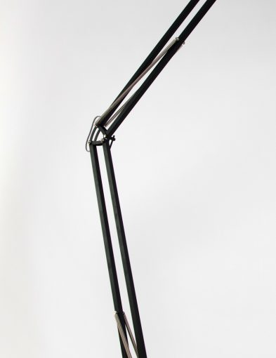 vloerlamp-newton-bronq-zwart-industrieel_1