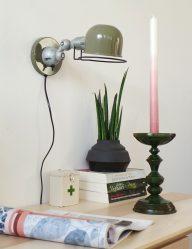 wandlamp-jikke-industrieel-groen-stoer