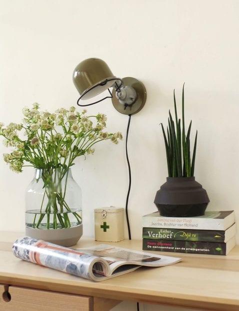wandlamp-kantelbaar-jikke-groen-stoere-industriele-leeslamp