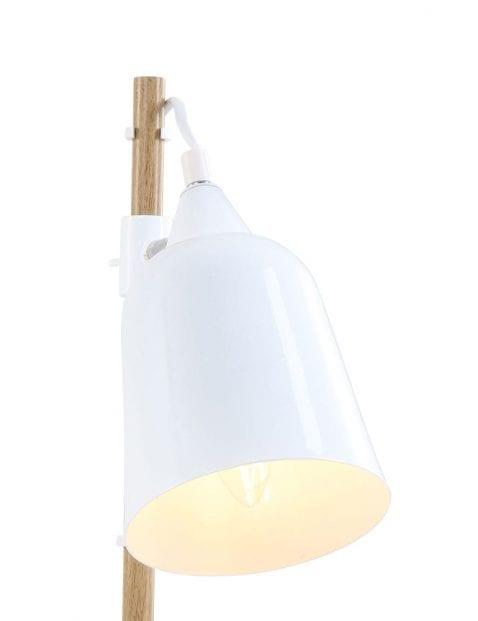 witte-landelijke-tafellamp-handig