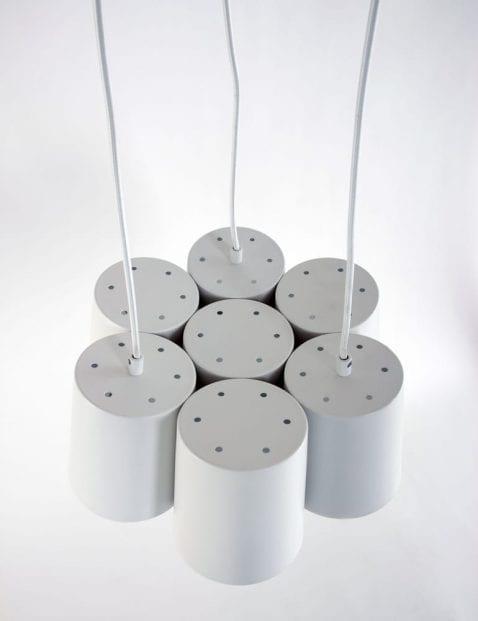 witte-moderne-bloem-vormige-hanglamp-freelight