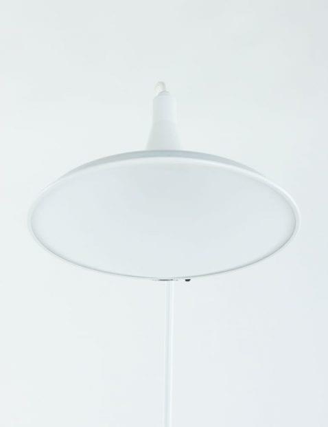 witte-staande-vloerlamp_1