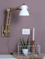 witte-wandlamp-industrieel