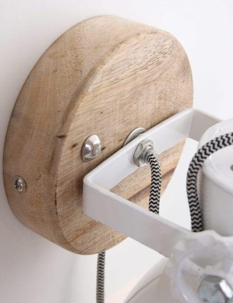 witte-wandlamp-industrieel-scandinavisch-kantelbaar