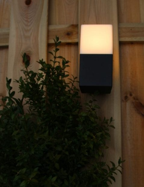 zwarte-buitenlamp-modern_5_1