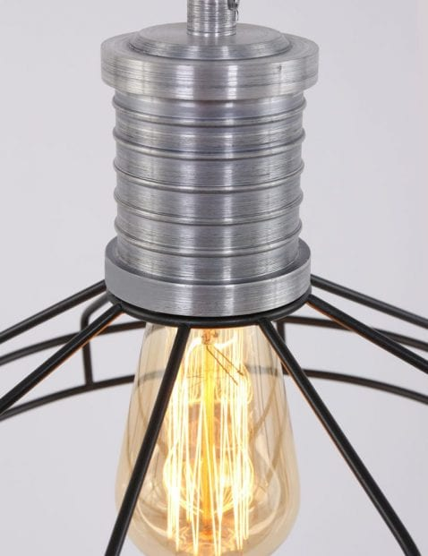 zwarte-draden-hanglamp