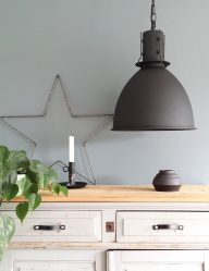zwarte-hanglamp-scandinavische-setting_1