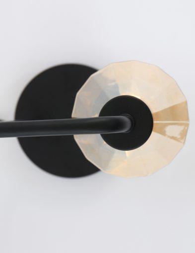zwarte-tafellamp-simplistisch-modern