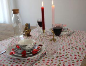 Valentijnsdag-gedekte-tafel