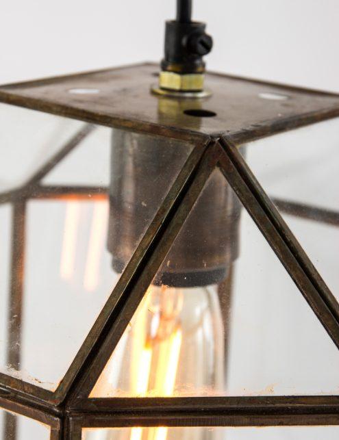 bronzen-kooilamp-met-glazen-vlakken-achthoek
