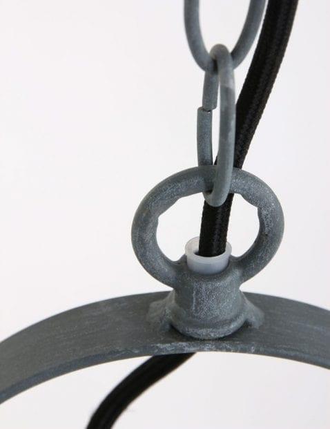 grijze-hanglamp-industrieel_1