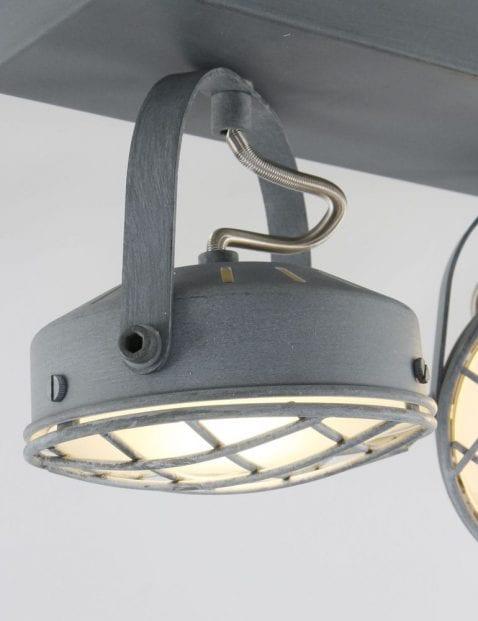 grijze_plafondlamp_met_3_spotjes