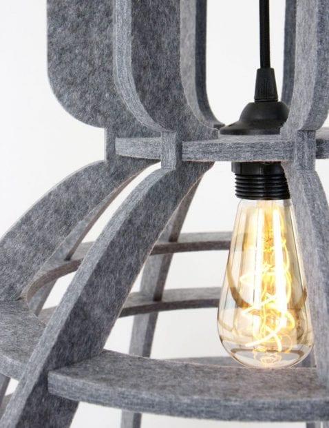 grijze_vilt_hanglamp