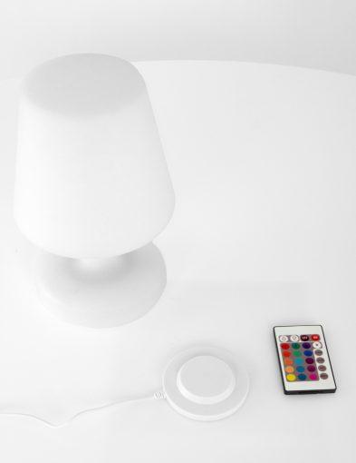 oplaadbare-buitenlamp-met-afstandsbediening