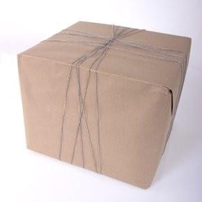 stap 1 beige inpakpapier