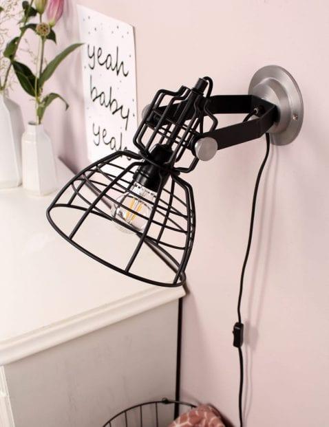 wandlamp-zwart-anne