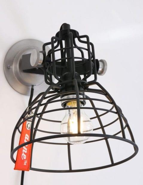 zwarte-draadlamp_1