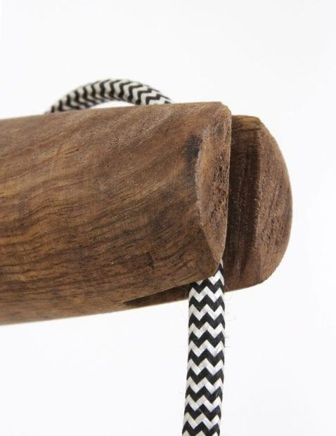 houten wandlamp met strijkijzersnoer
