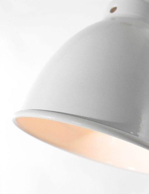 ndustriële bureaulamp met witte kap