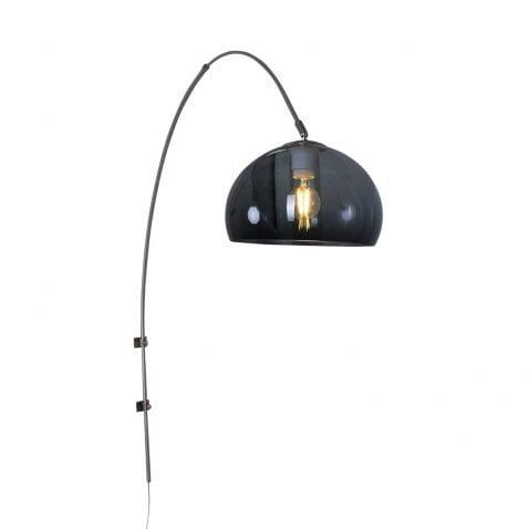 design-wandlamp-zwarte-kap