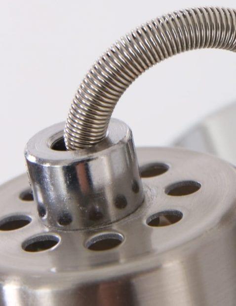 Detail-wandlamp-staal