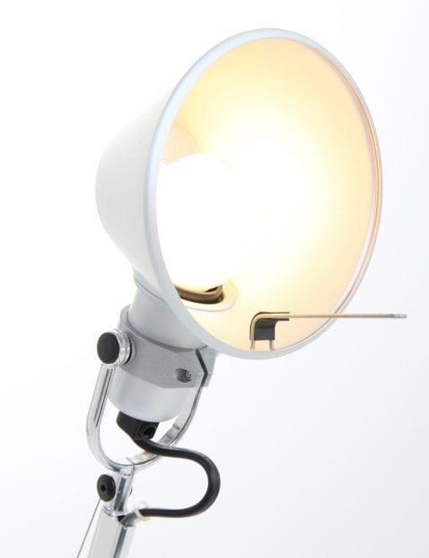 Tafellamp-Artemide-Tolomeo-staal-kap-binnen