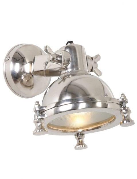 Wandlampje-staal-industriele-sfeer