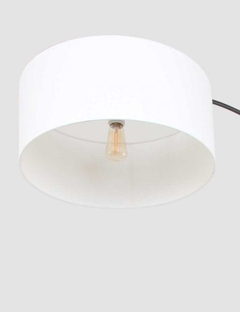 witte kap zwarte vloerlamp