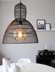 Stoere gaaslamp hanglamp Anne Lighting Yogyakarta Noir zwart