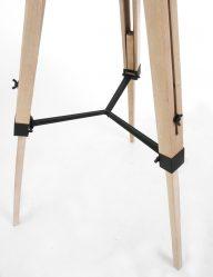 Stoere houten vloerlamp