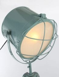 Scandinavische rooster vloerlamp groen