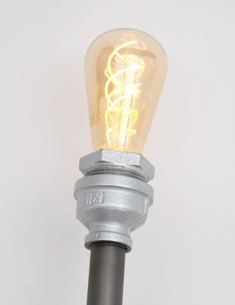 Plafondlamp met vier lichtpunten