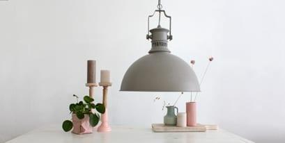 Grote-hanglamp-grijs