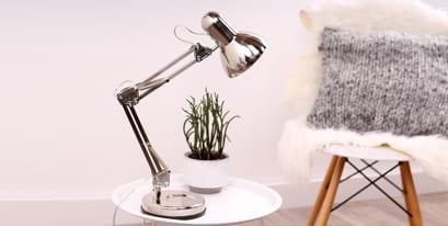 Zilveren-tafellamp