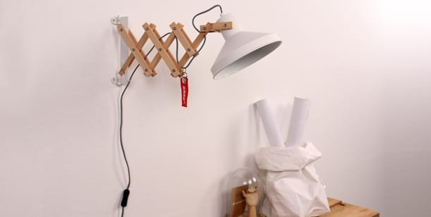 schaarlamp-wand-hout