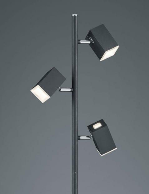 zwarte-drielichts-vloerlamp-kantelbaar-2