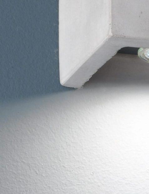Betonlook-wandlamp-3