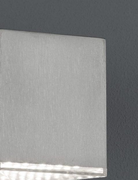 Kubus-wandlamp-staal-1