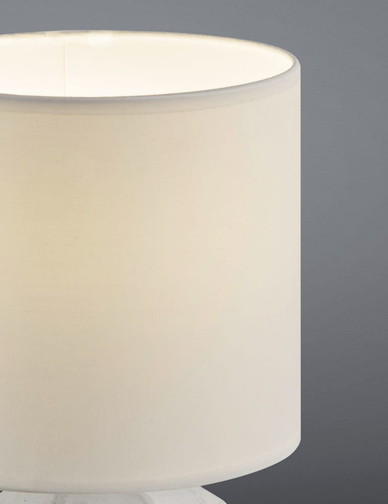 Voorkeur Tafellamp betonnen voet en witte kap Reality Pike - Directlampen.nl @BM44