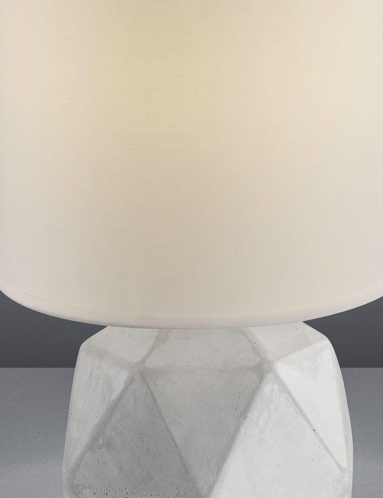 Super Tafellamp betonnen voet en witte kap Reality Pike - Directlampen.nl @LP27