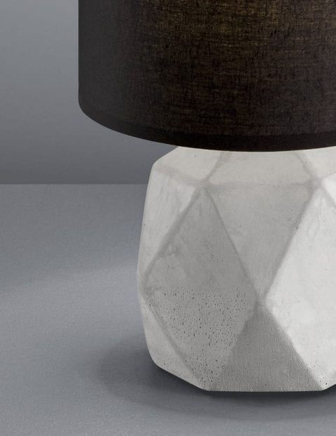 Zwarte-tafellamp-grijze-voet-4