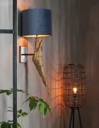 Landelijke-wandlamp-met-grof-hout-1