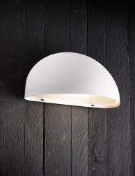 witte half ronde buitenlamp