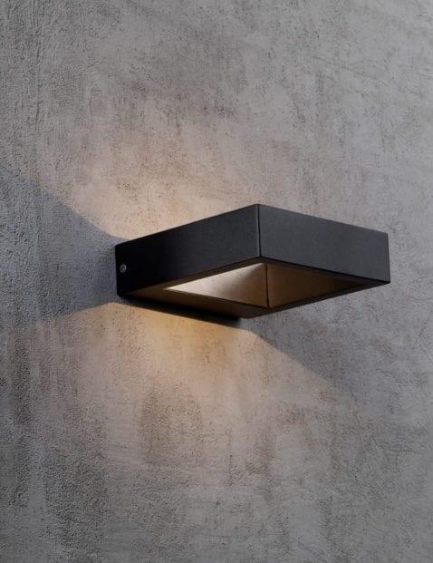 Buitenlamp-vierkant-zwart-2142ZW-4